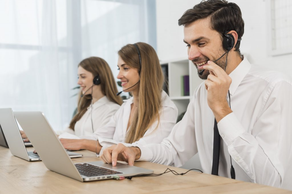 Outsource call answering agents